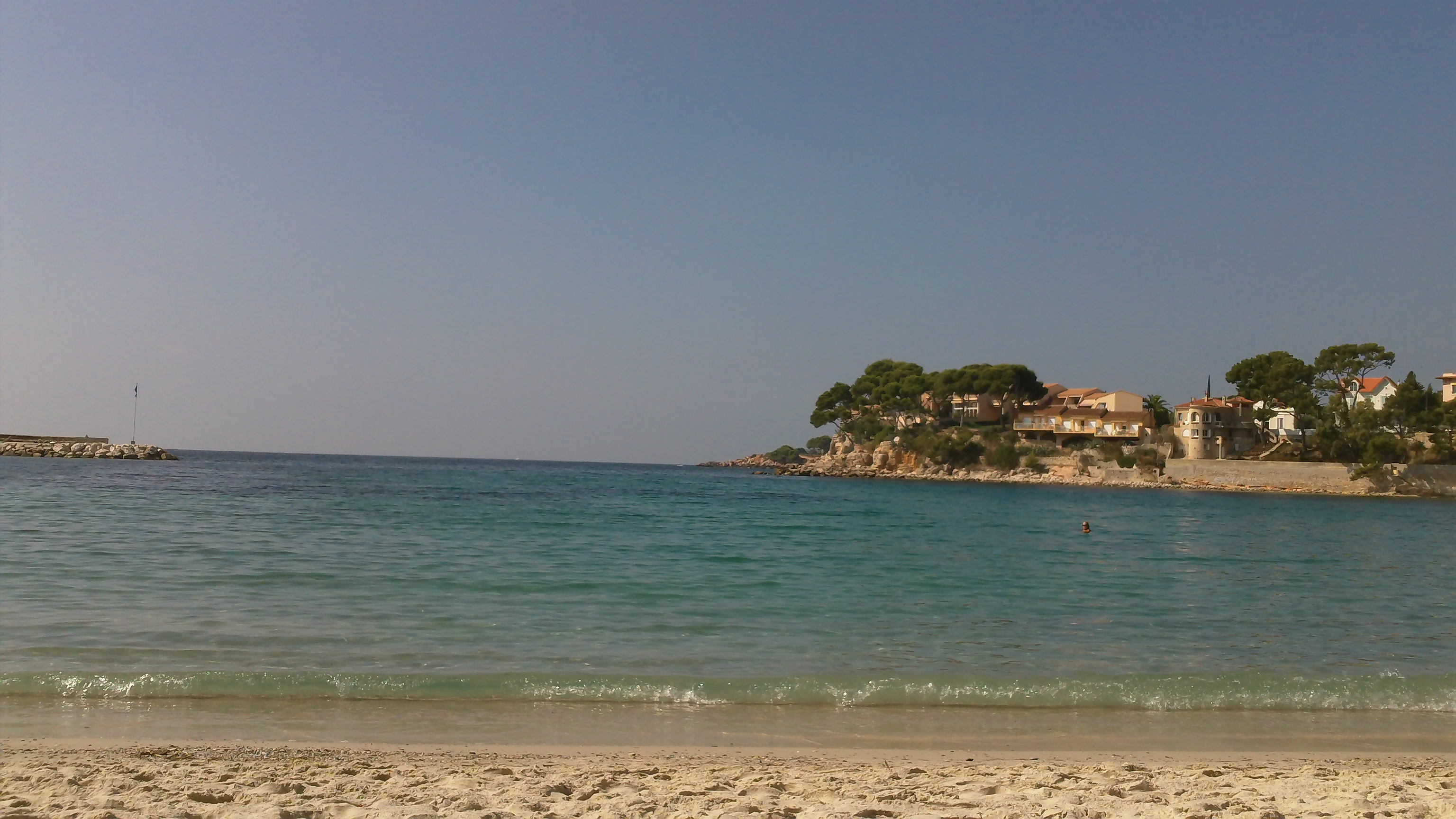 Renecros Beach in Bandol